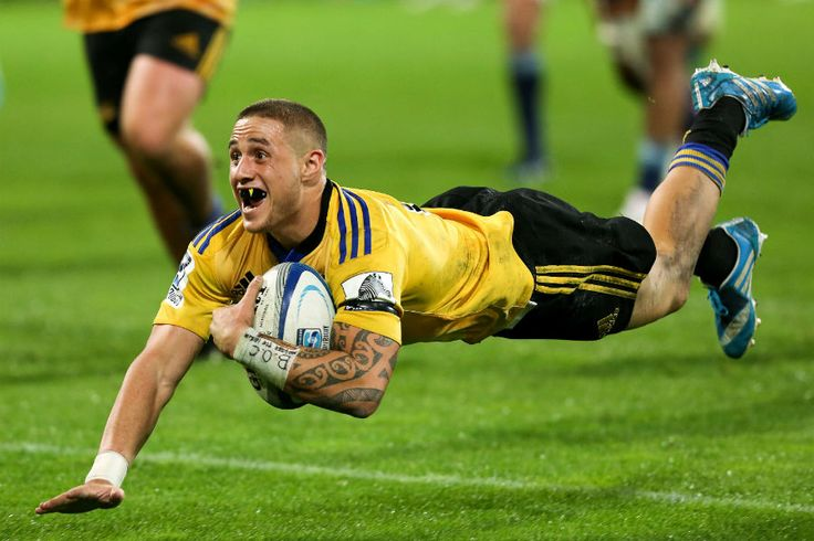 TJ Perenara goes over for a try for the Hurricanes