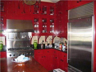 Red kitchen cabinetsKitchens Decor, Dreams Kitchens, Kitchens Ideas, Diners Kitchens, Kitchens Dinning Room, Dreamy Kitchens, Kitchens Cabinets For, Red Kitchens Cabinets, Kitchen Cabinets