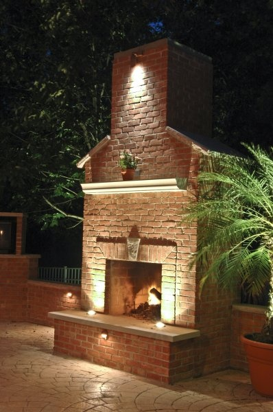 1000 images about fireplace lighting on pinterest lakes for Outdoor accent lighting