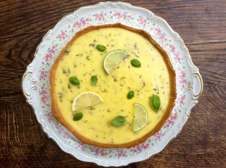 La tarte au citron, un basique de la pâtisserie, et pourtant, quoi de mieux que de réinterpréter un classique? tarte au citron meringuée classique, déjà fait, tarte au citron meringuée sous une for…