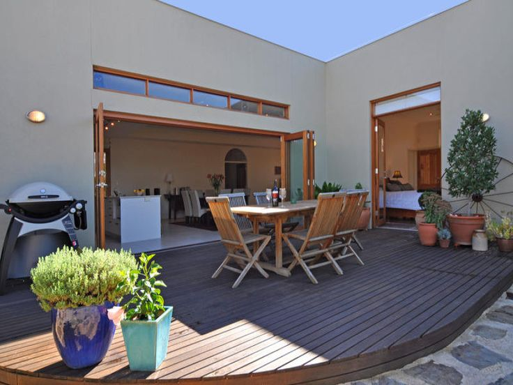 Outdoor living design with bbq area from a real Australian home - Outdoor Living photo 459290