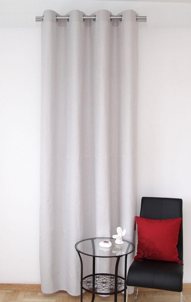 Luxusní hotové závěsy na okno v béžové barvě