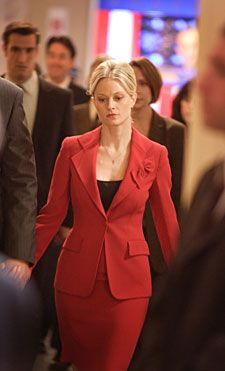 Teri Polo as Helen Santos (The West Wing)