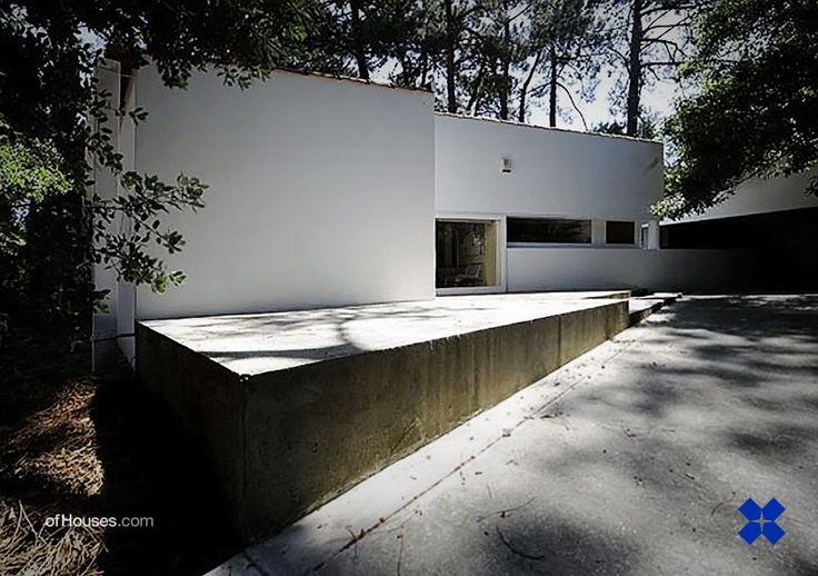 : 138. Alvaro Siza /// Alves Costa House /// Moledo...