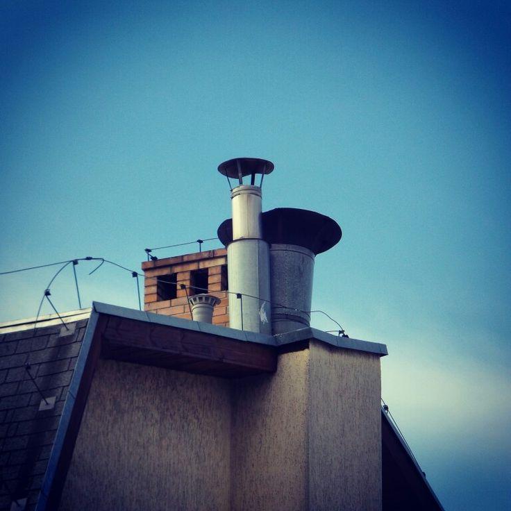 The #kominek ⭐ #dachowe #klimaty ⭐ #dach #roof #niebo #sky #budynek #dom #house #wroclove #wroclaw #dolnoslaskie #polska #poland