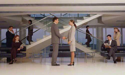 Деловой костюм является одной из самых главных составляющих имиджа делового человека.