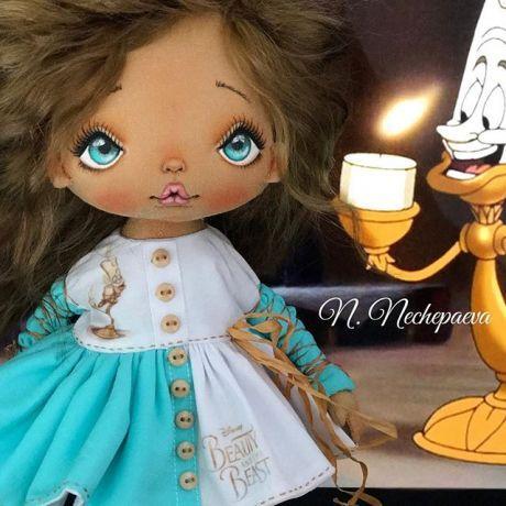 Вчерашние посиделки при свечах #люмьер#красавицаичудовище !!! В работе три куклы - все с диснеевскими героями. На две куклы проведу аукционы (минут по 20 на аукцион), третью куклу - найдём дом через генератор. Как куклы будут полностью готовы - я всё покажу и расскажу!!! #текстильнаякукла