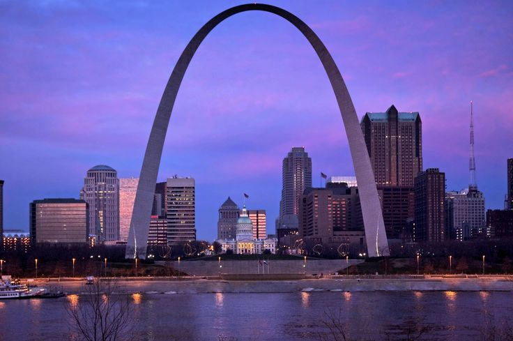 Gateway Arch in St. Louis, MO ✓