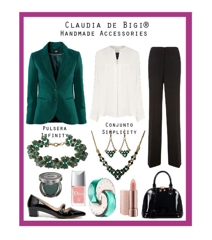 Chaqueta verde esmeralda, camisa blanca, pantalón negro, zapatos y cartera en charol, aros, collar y pulsera con cristales Swarovski. Otoño 2016