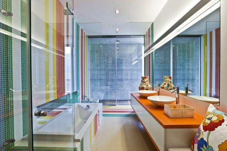 Viterbo Interior design の オリジナルな 洗面所/風呂/トイレ