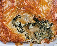 Het recept voor deze taart met veel kruiden en snijbiet komt uit het gisteren door ons besproken boek Jerusalem van Yotam Ottolenghi. Kun je geen snijbiet vinden? Gebruik dan spinazie.