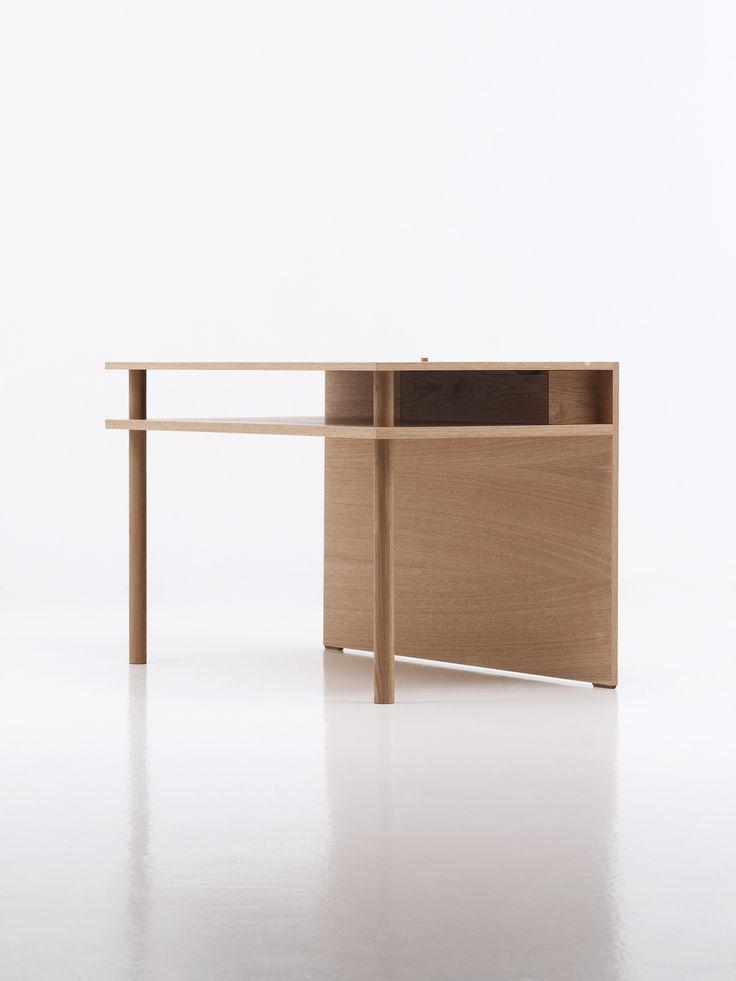 BAHK Jong Sun, Trans 2012-Desk_S, 2012, Birch plywood