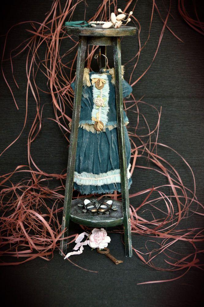 Здравствуйте всем! И всех приглашаю на выставку Салон Кукол на Тишинке с 6 по 8 октября сего 2017 года) У меня будет 10 подиум, Синий Сектор, я представлю две шарнирные куклы и несколько АртОбъектов))) Приходите , будет интересно!