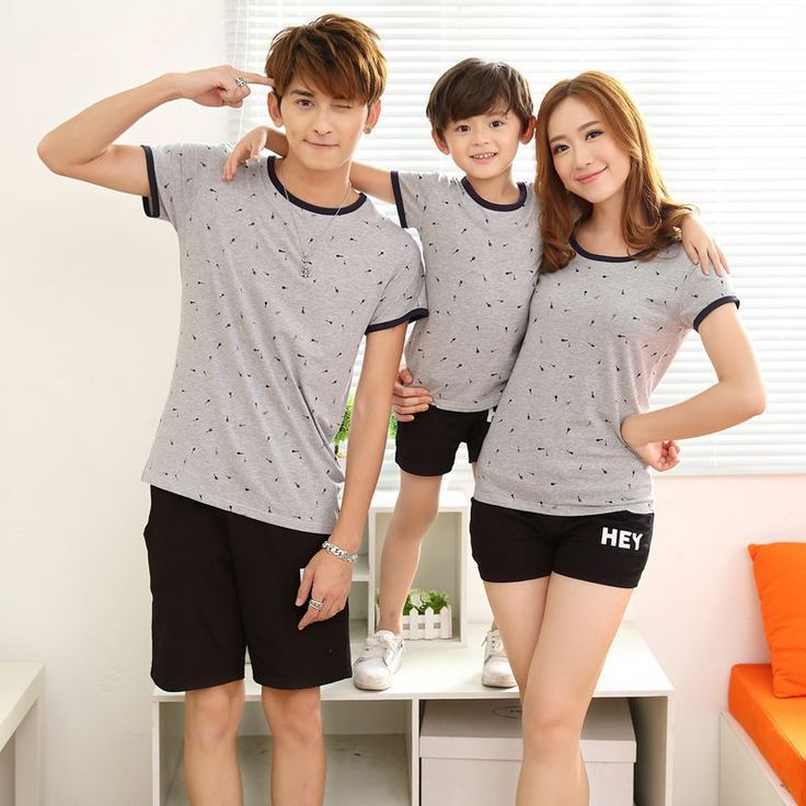Family Matching Outfits 2017 Summer t-shirts + Shorts Mother and Daughter Short Sleeve Casual Set Father and Son Sport Suit