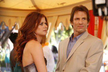 Hart Bochner and Debra Messing in The Starter Wife (2008)