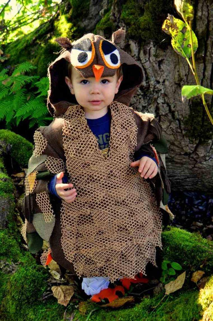 Idée de déguisement hibou fabriqué en tissu à réaliser avec une machine à coudreidée halloween déguisement hibou tissu diy enfant Une autre version du déguisement hibou