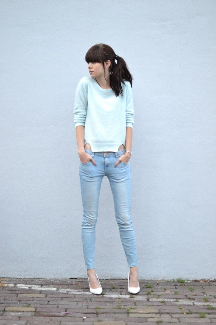 Best 25+ Light blue jeans ideas on Pinterest | Light blue jeans outfit Light blue skinny jeans ...