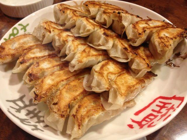 大阪王将の餃子は、やっぱり美味い^ ^ 注文してから時間がかかるけど美味いからいい(^^)