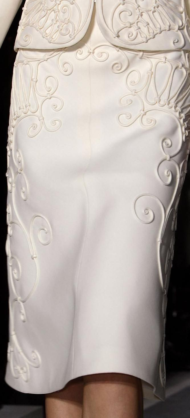 Valentino spring 2013 couture details ♥✤   Keep Smiling   BeStayBeautiful