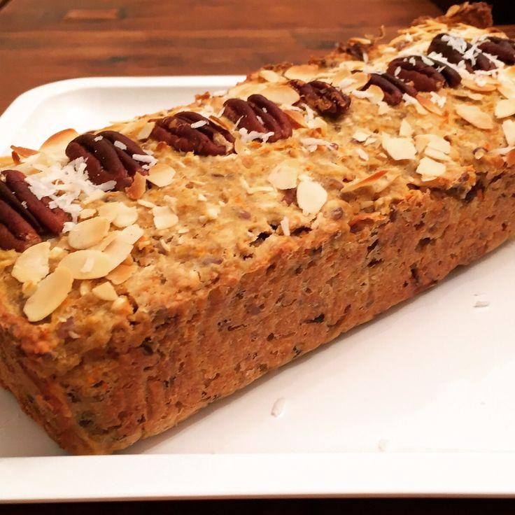 Wauw wat super leuk jullie positieve en enthousiaste reacties :), op jullie verzoek hieronder het recept :) De Go Nuts Carrotbread is lekker als ontbijt, lunch of als gezonde snack tussen…