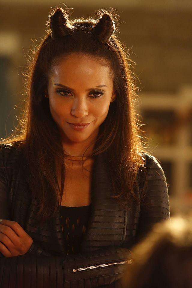 """'Lucifer' Season 3 Spoilers: Will Lesley-Ann Brandt's Maze Appear In First Few Episodes? >>> Lesley-Ann Brandt will reprise her role as Maze in """"Lucifer"""" Season 3 despite her real-life pregnancy. (source: ibtimes) 