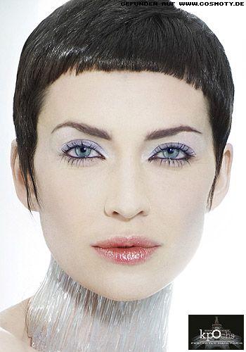 Frisuren Ovales Gesicht Brille Modische Haarschnitte Und Haarfärbungen