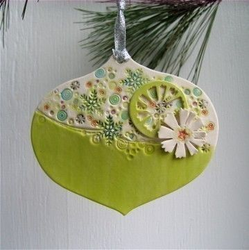 Retro inspired jumbley porcelain christmas ornament