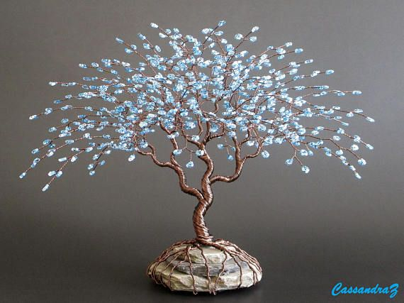 ~Blue Beaded Bonsai~  Height: 7.5 Width: 8.5 Lead time: 2-6 weeks (all approximate)  *Please select the bead and wire colors youd like your sculpture to be created with. The bead color options are only a few possible options, this tree can be made in ANY color youd like (limited only to whats available from my supplier). If your color preference is not listed, please send me a message or include a note-to-seller at checkout with your desired custom colors. The bead colors in the photos are…