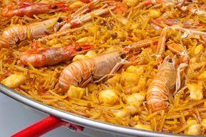 La localidad valenciana de Gandía es la cuna de la fideuá, una receta tradicional marinera que se elabora en una paella y tiene como ingredientes principal