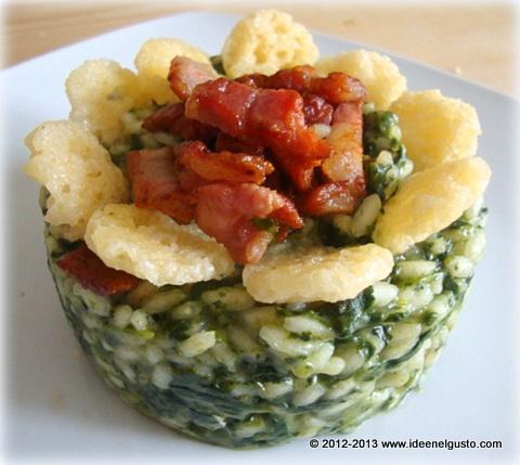 Risotto agli spinaci con pancetta  tostata e cialdine di Grana Padano - spinach risotto with bacon and Grana cheese