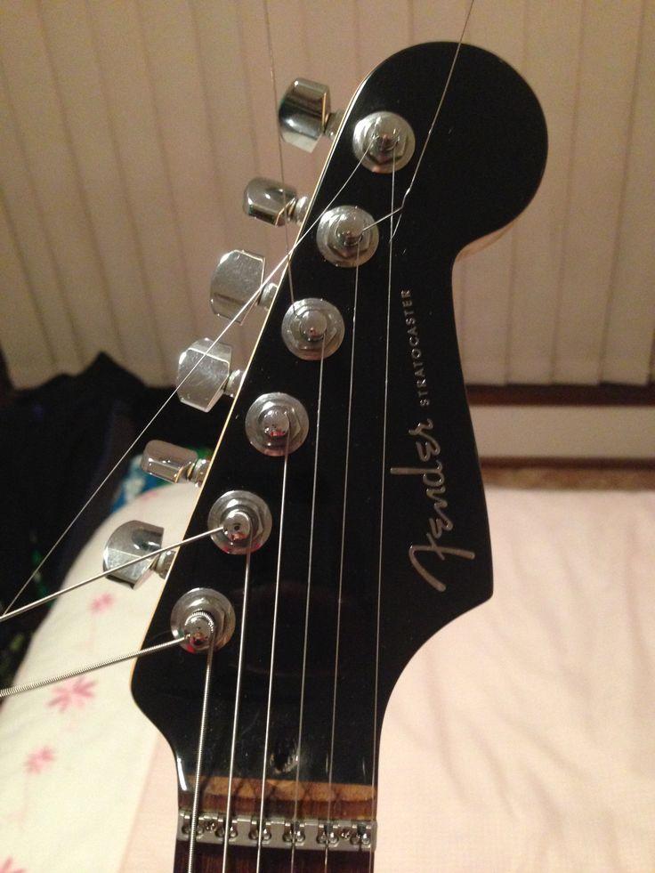 2006 Deluxe Fender Head Stock