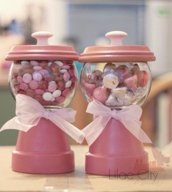 Handmade Gumball Machines - So Cute For Valentine's Day!  #clay #pots