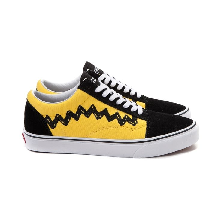 This season, put your best foot forward with the new Old Skool Peanuts Charlie Brown Skate Shoe from Vans! Chuck has you covered with these awesome Old Skool Skate Shoes, featuring sturdy nubuck and canvas uppers with Charlie Brown-themed, signature side stripes, and classic vulcanized sole construction for flexible grip and traction.