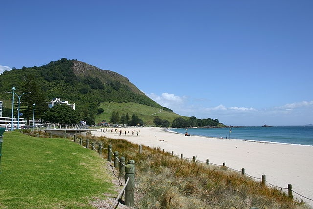 mount maunganui beach -home!!!