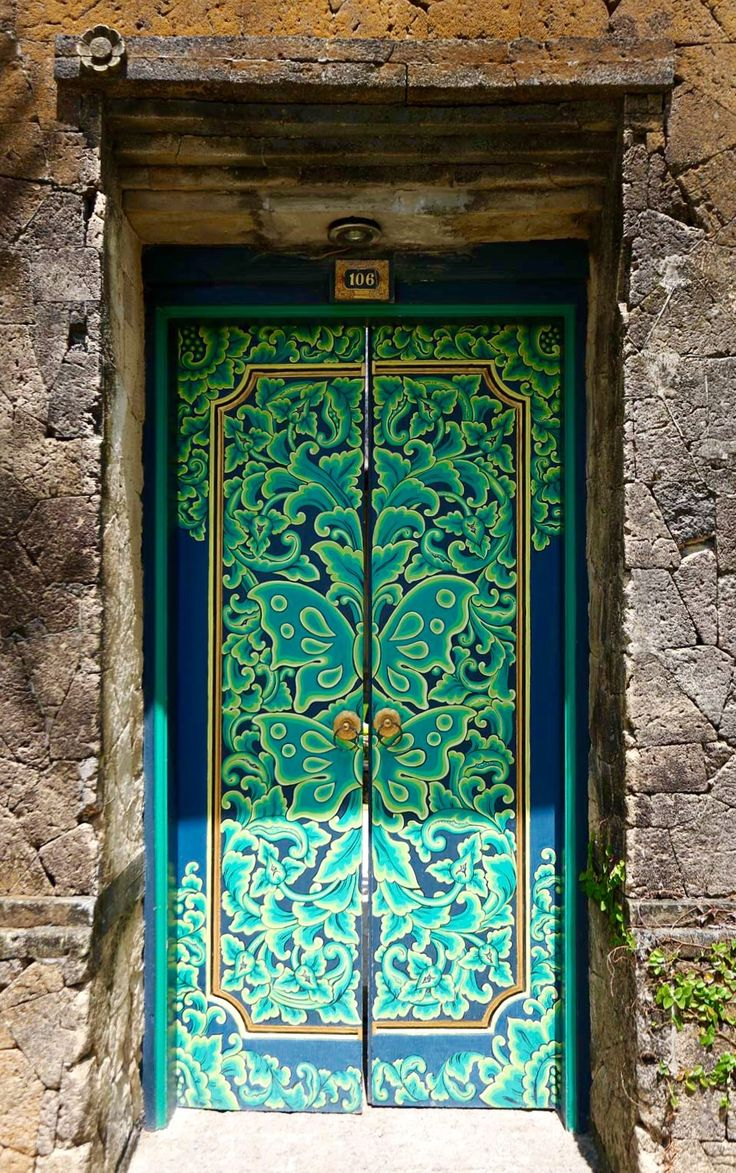 Bali Indonesia door & 207 best Bali Doors u0026 Entrances images on Pinterest | Entrance ... pezcame.com