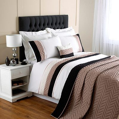 Riva Home Chevron Polyester Bedding Set In Black Awesome Design