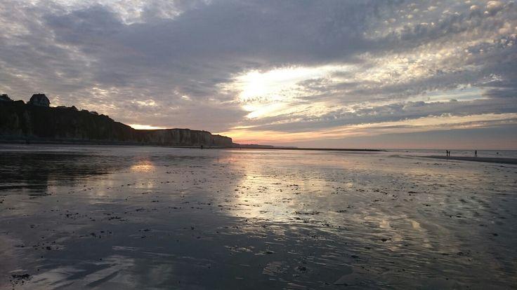 Coucher de soleil sur la plage de Quiberville....