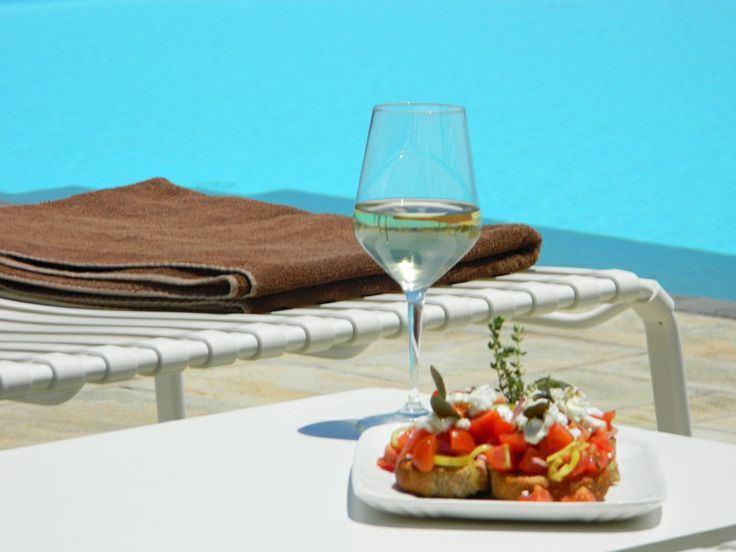 #Anemi #Hotel #lunch by the #pool
