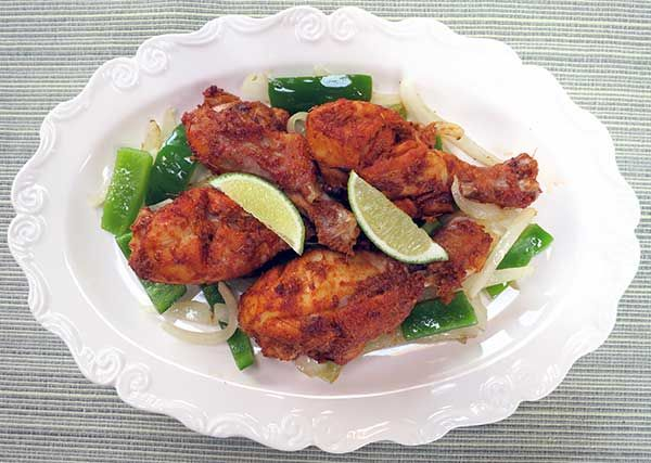Tandoori Chicken (Paleo) Going to try this with chicken breast instead ...