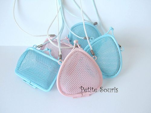 wire purses with neck strap