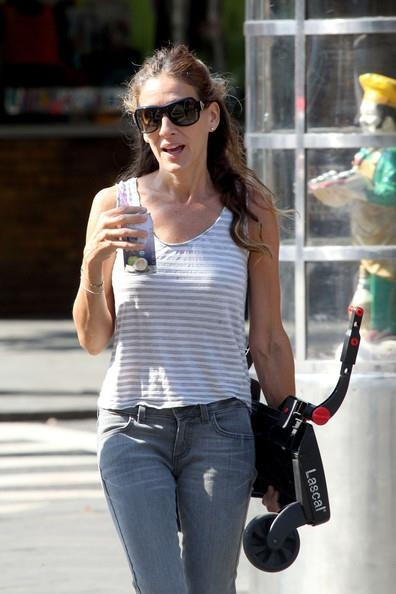 Sarah Jessica Parker LOVES Blue Monkey! <3