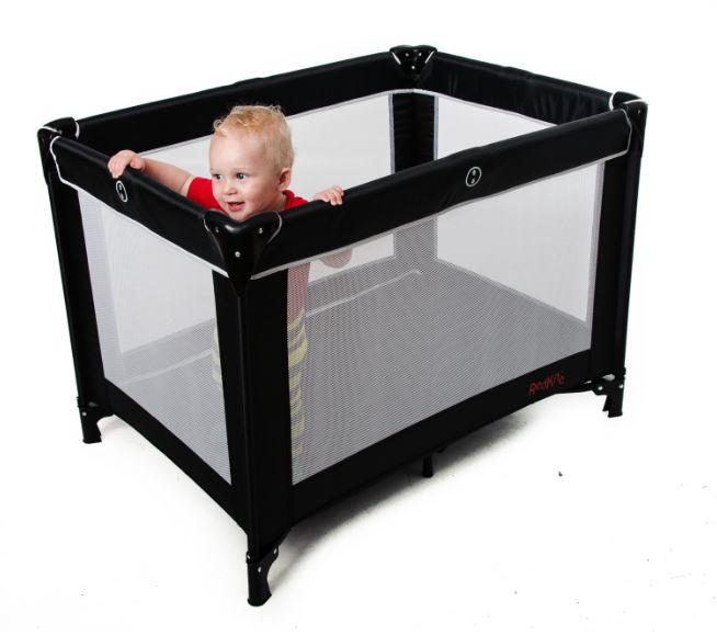 Baby Travel Cot - Red Kite review
