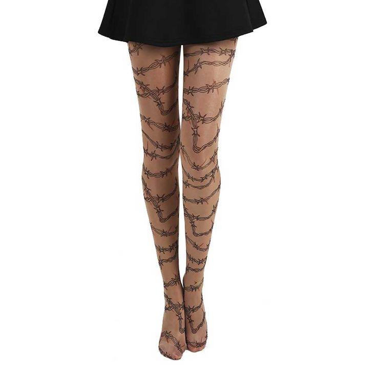 Pamela Mann. Deze mooie botten fishnet panty is de echte trend van het moment. Je kunt deze panty perfect gebruiken om je Halloween kostuum compleet te maken.
