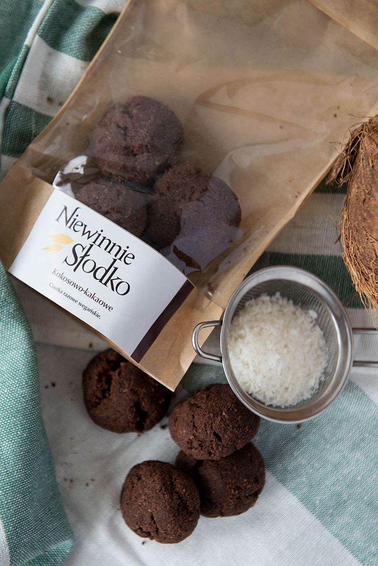 Ciasteczka kokosowo-kakaowe • Niewinnie Słodko