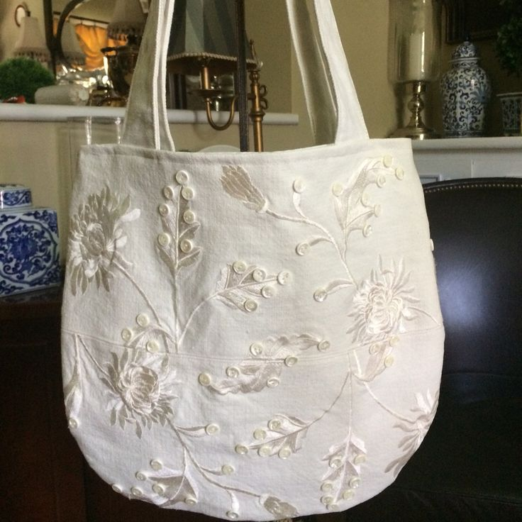 Delightful Creation summer bag,linnen and broderie small button, simly adorable
