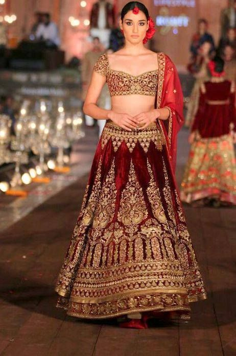 #bridallehenga #indianbridaldresses #OccasionWear #Luxury #Fashion #designerfashion #designerwear #Multicolour #India #Ethnic #Desi #Indian #Elegant #Gorgeous #Designer #partywear #indianwear #IndianEthnicFashion #WeddingWear #ethnicwear #womensfashion #womenswear #Lengha #Lehenga #thesassyallureindianwear #tsa #thesassyallure #asmaalkhair