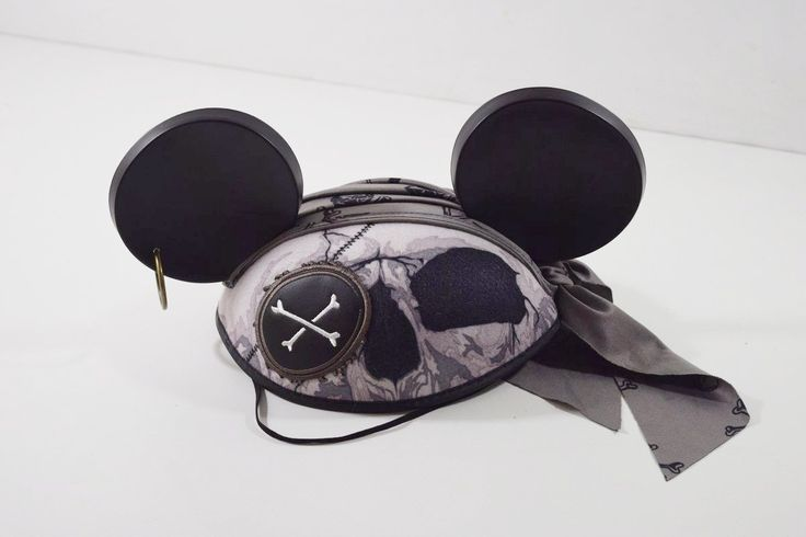 Just added Walt Disney World... to our Inventory! Check it out here: http://oceanside-flipping.myshopify.com/products/walt-disney-world-mickey-mouse-ears-pirates-of-the-caribbean-skull-crossbones?utm_campaign=social_autopilot&utm_source=pin&utm_medium=pin  #Oceanside #OceansideCA #SanDiego #4Sale #Buy #Trade #Sell