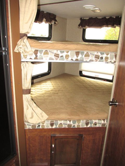2016 KEYSTONE OUTBACK TRAVEL TRAILER 255UBH - Holiday World of Las Cruces