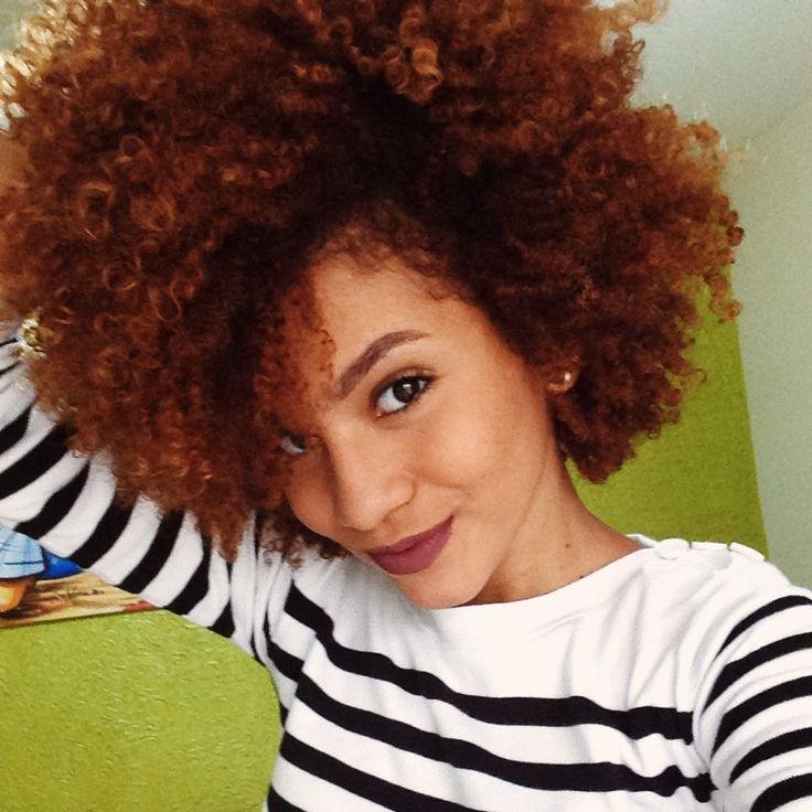 Red power #curly #hair #afro #afrohair #cacheadas #ruivo #cachosruivos  http://www.volumealtoblog.com/