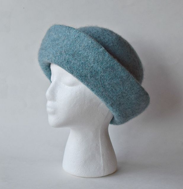 Exelent Felted Hat Knitting Pattern Images - Easy Scarf Knitting ...